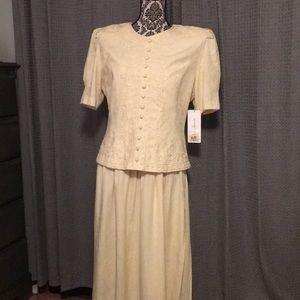 Karin Stevens yellow soutash front dress. NWT